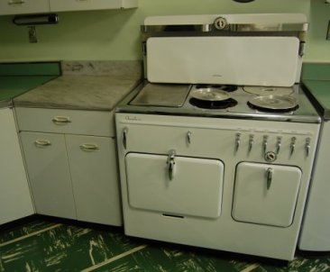 vintage-chamber-stove[1]