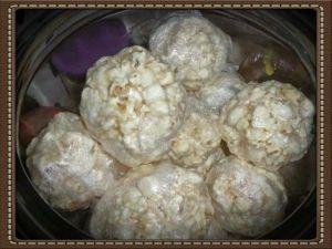 Nonie's Popcorn Balls